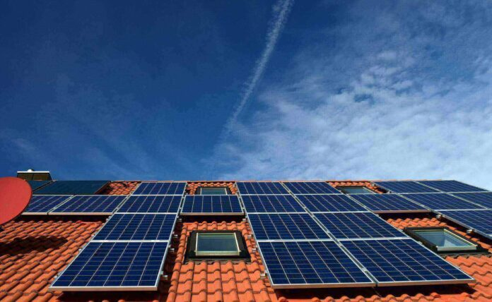 How to calculate number of solar panels for home